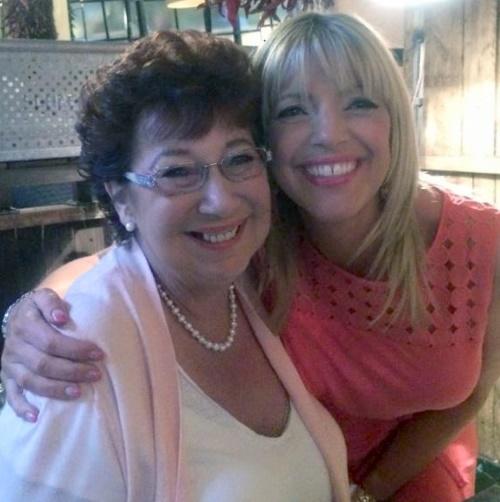 Linda Lancashire and Kaite Lancashie 001